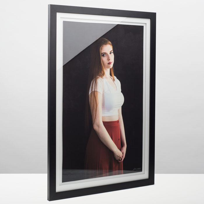 frame-angled-web