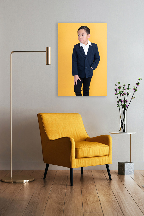 Yellow-Chair-Tai